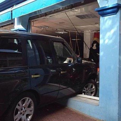 Un comerciante del centro habilitará su tienda para que los clientes aparquen dentro