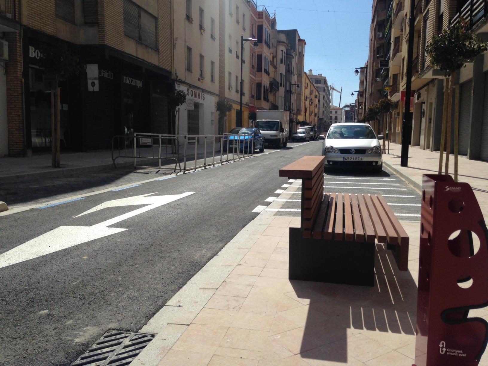 Obert al trànsit el primer tram de Martínez Valls després de la reforma El Periòdic d'Ontinyent