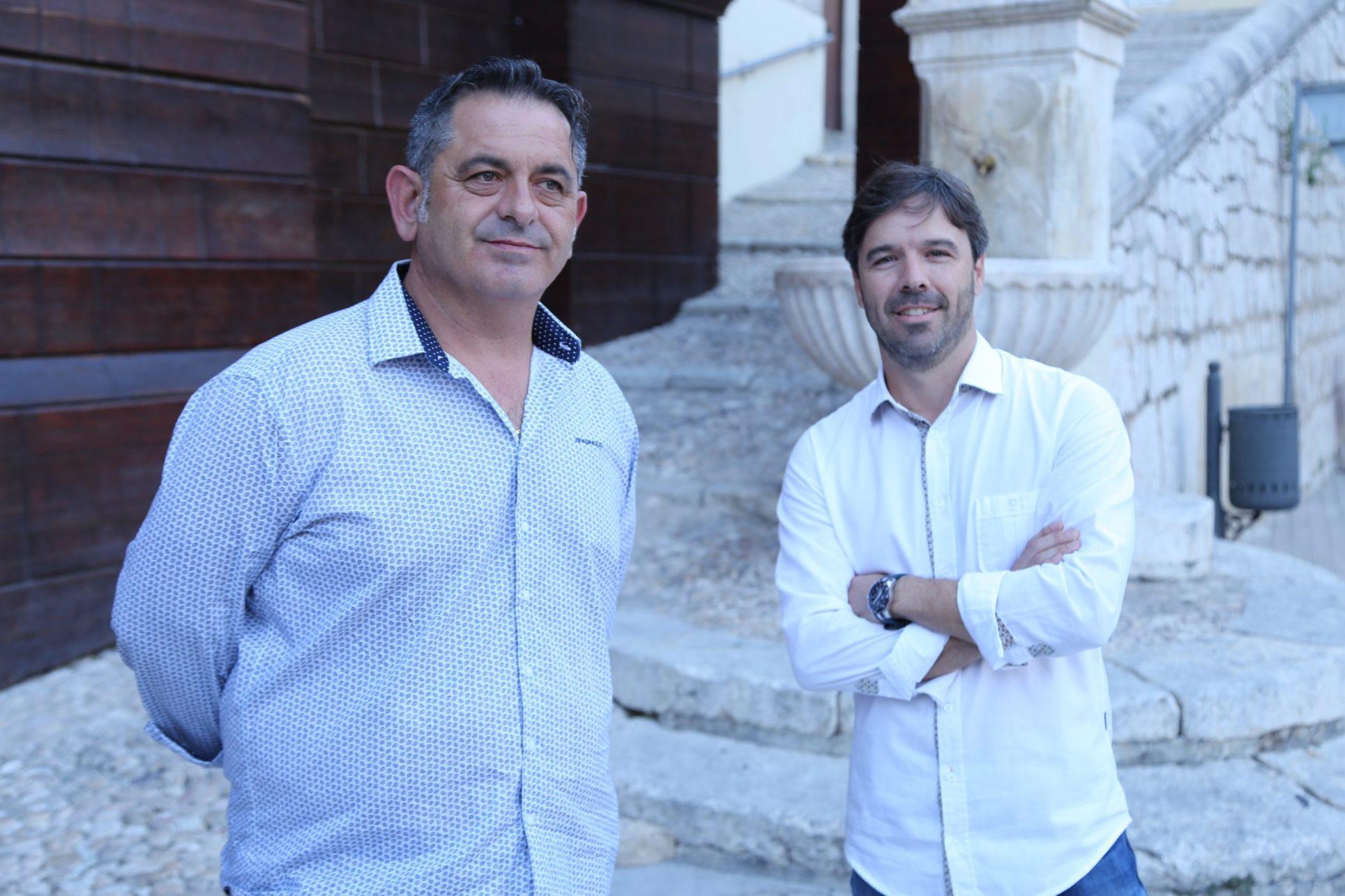 Almogàvers i Moros Espanyols assumeixen el relleu de Capitanies El Periòdic d'Ontinyent