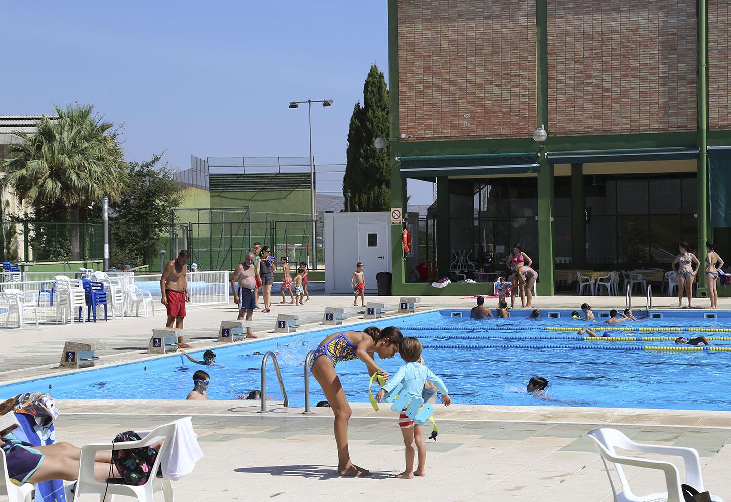 Diumenge tanca la temporada 2017 de la piscina municipal El Periòdic d'Ontinyent