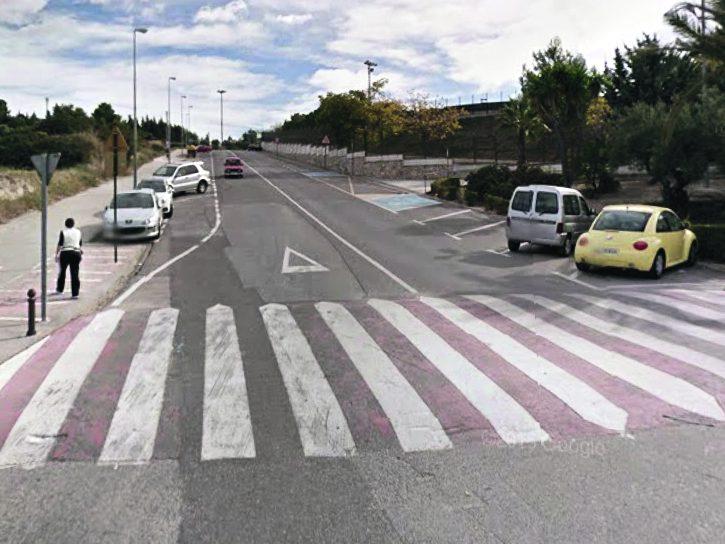 Embiste a 7 vehículos, se fuga y lo detienen con una tasa de alcohol de 1,04 El Periòdic d'Ontinyent