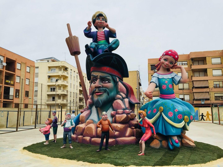 Ontinyent planta la primera falla de la Comunitat Valenciana El Periòdic d'Ontinyent