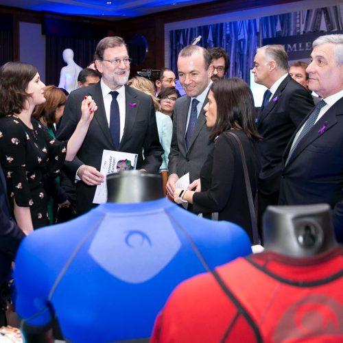 El President del Govern coneix de prop el tèxtil innovador de la Vall d'Albaida