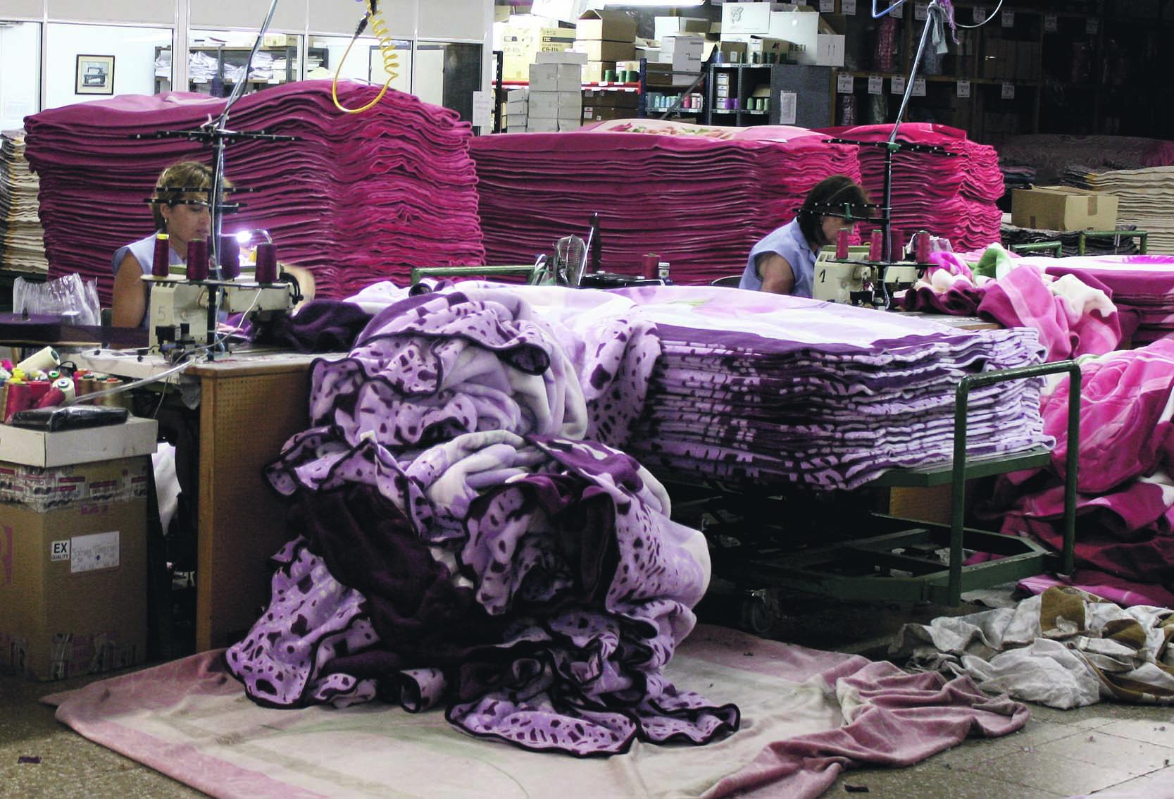 Les empreses tèxtils creixen per primera vegada des de la crisi El Periòdic d'Ontinyent