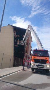 Aparatós incendi a un edifici d'Albaida El Periòdic d'Ontinyent
