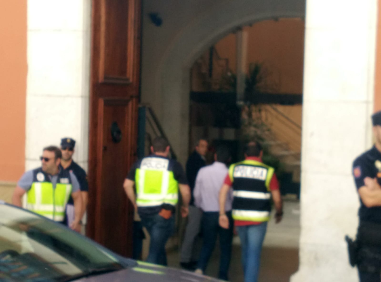 Una desena d'agents de la UDEF registren l'Ajuntament amb Jorge Rodríguez El Periòdic d'Ontinyent - Noticies a Ontinyent