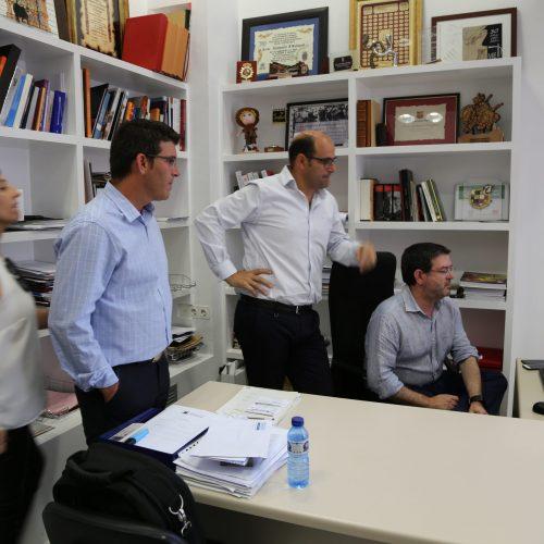 Jorge Rodríguez anuncia la seua continuïtat