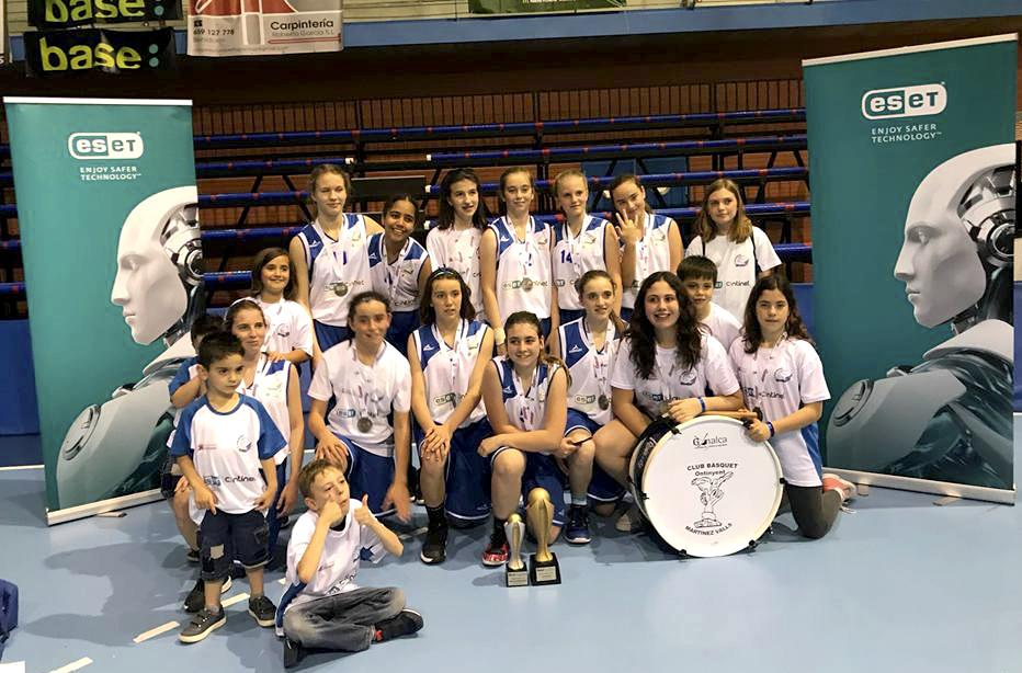Les guerreres del Martínez Valls guanyen el Campionat 1a Zonal El Periòdic d'Ontinyent