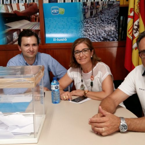 Soraya Sáenz de Santamaría guanya les primàries a Ontinyent