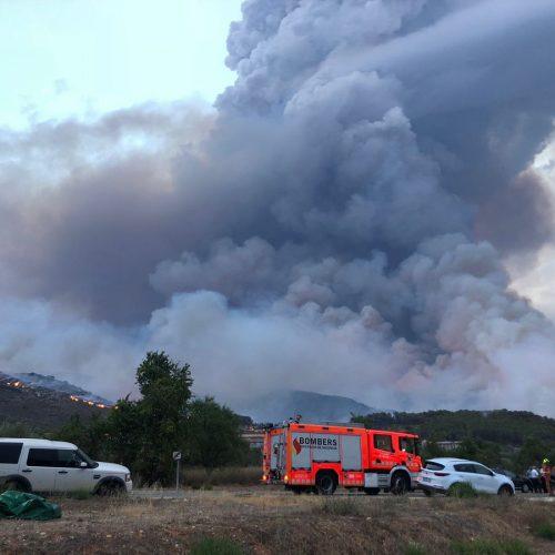 2500 persones desallotjades com a conseqüència del foc