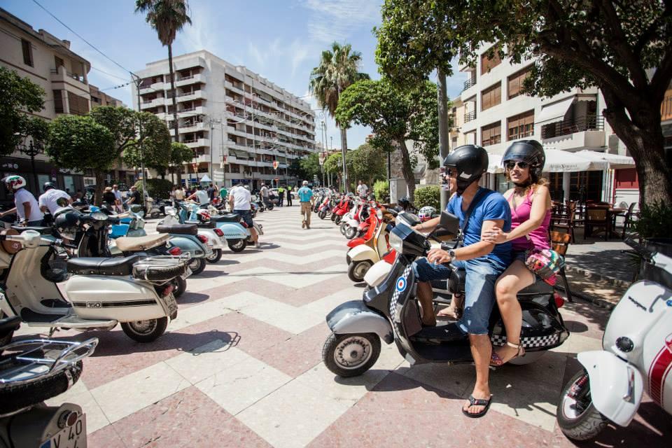 Les motos Vespa i Lambreta omplen els carrers d'Ontinyent El Periòdic d'Ontinyent