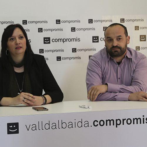 Sílvia Urenya presenta la seua dimissió als militants de Compromís