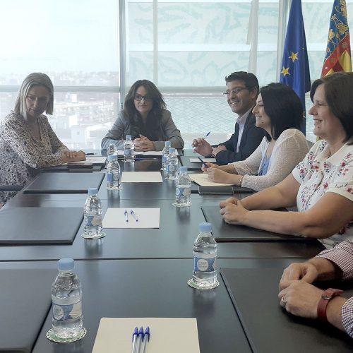 Mónica Oltra assegura que la residència obrirà en novembre