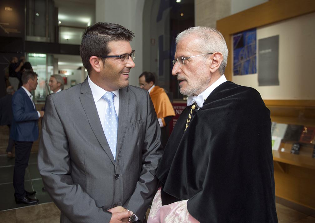 L'exrector de la UV, Esteban Morcillo, serà Fill Adoptiu d'Ontinyent El Periòdic d'Ontinyent