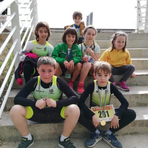 El triatletes del Club Triatló Ontinyent van gaudir d'allò més al Duatló Escolar de Carlet