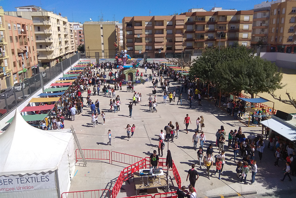 Els Juniors de Sant Josep viuen intensament els quatre dies previs a la cremà El Periòdic d'Ontinyent