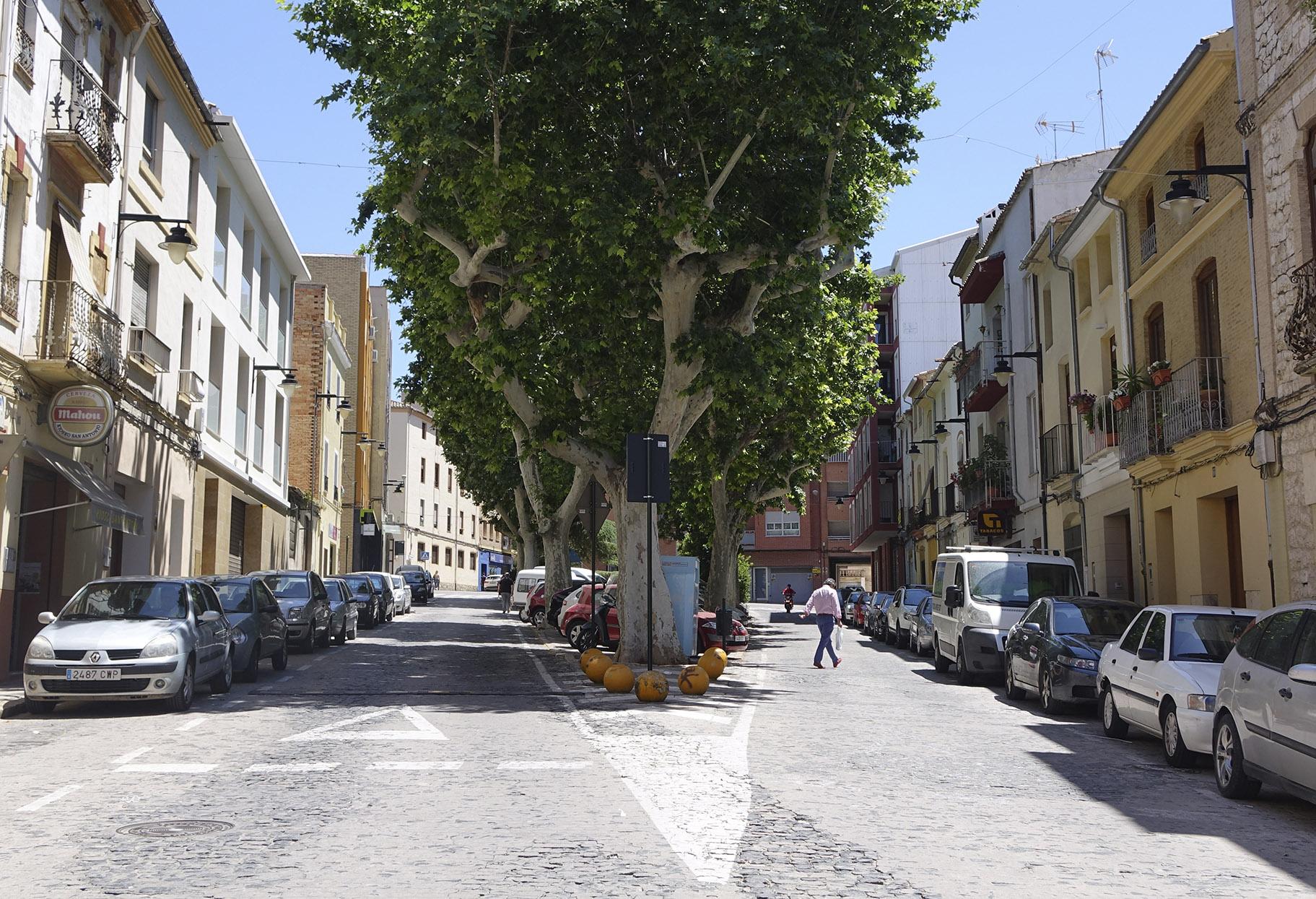 Reforma Sant Antoni: una plaça amb jardí i un únic accés al carrer El Periòdic d'Ontinyent