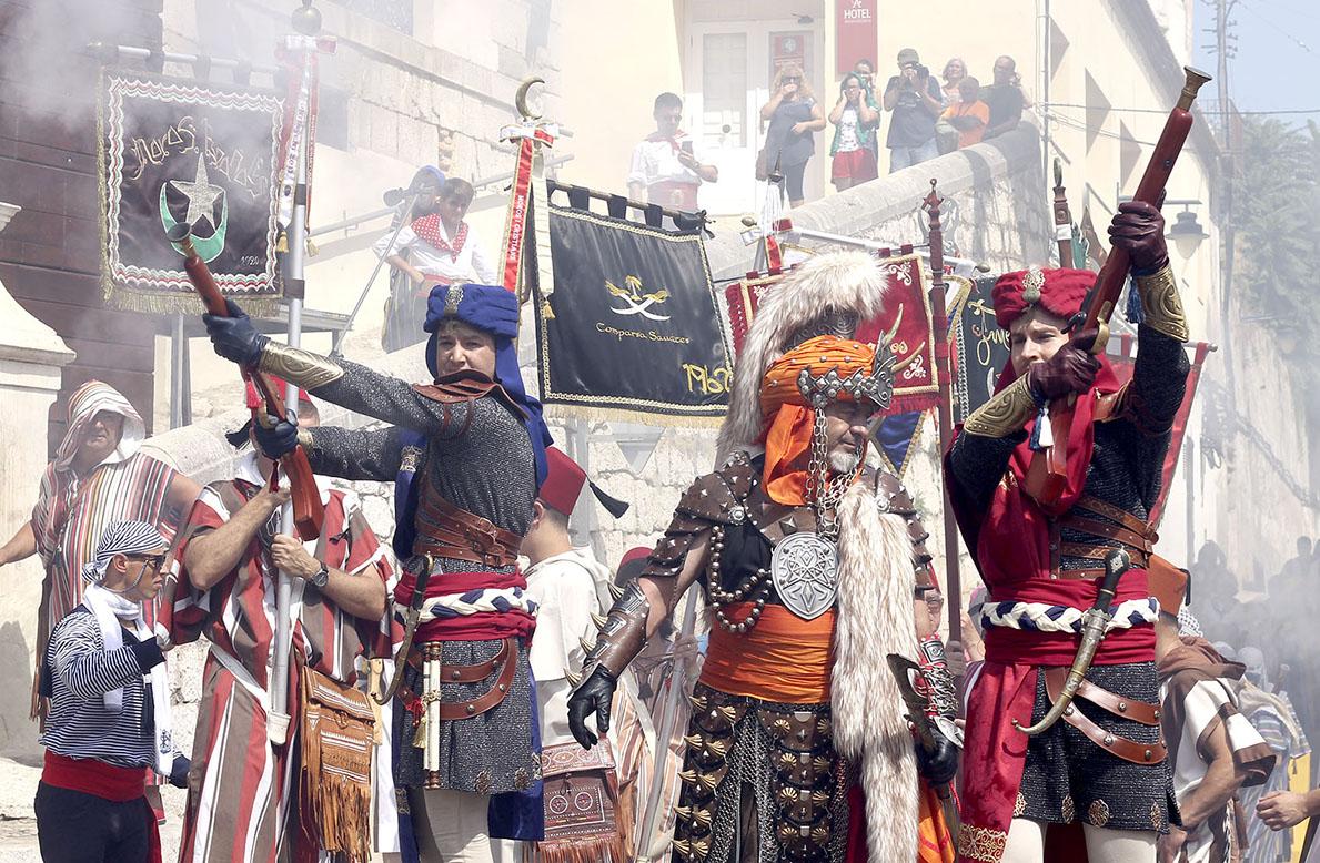 Festers treballa per garantir la pólvora les pròximes festes El Periòdic d'Ontinyent