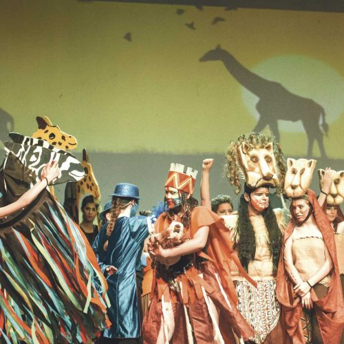 """El musical """"Simba, el nuevo rey"""" s'acomiada hui al Teatre Echegaray"""
