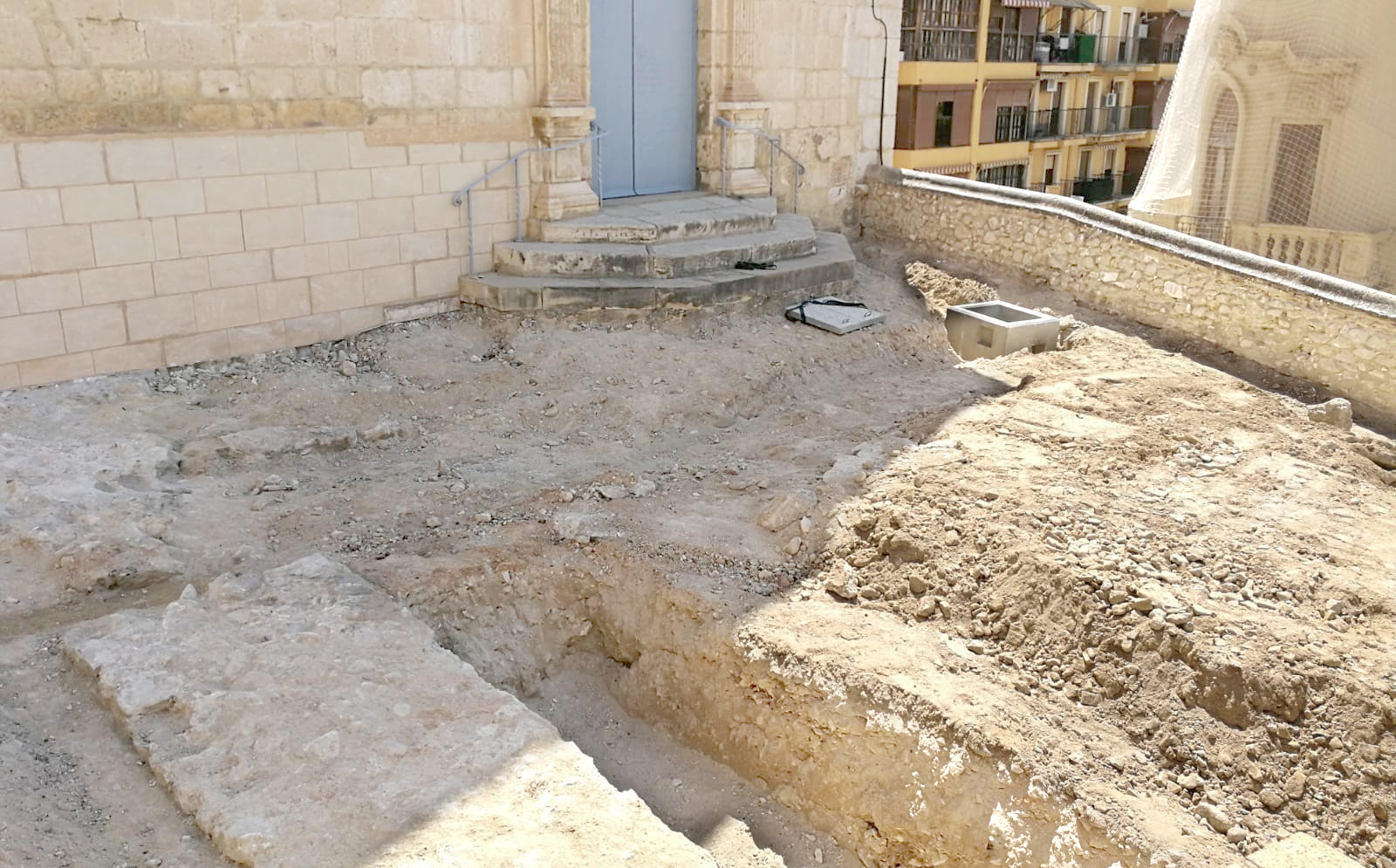 Descobreixen la torre de l'Escola i part de la muralla de la Vila El Periòdic d'Ontinyent - Noticies a Ontinyent