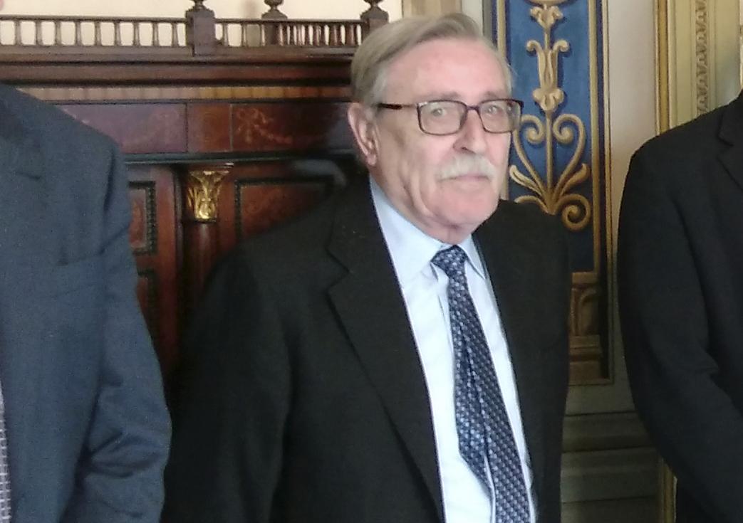Mor Vicent Gil, president d'honor de la Societat de Festers El Periòdic d'Ontinyent