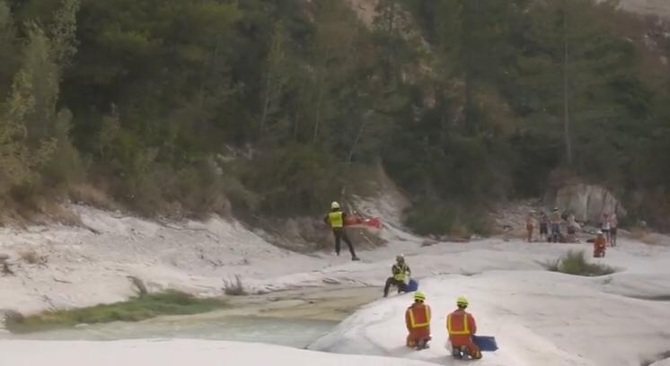 Traslladen a un jove en helicòpter després de caure en el Pou de l'Olleta El Periòdic d'Ontinyent
