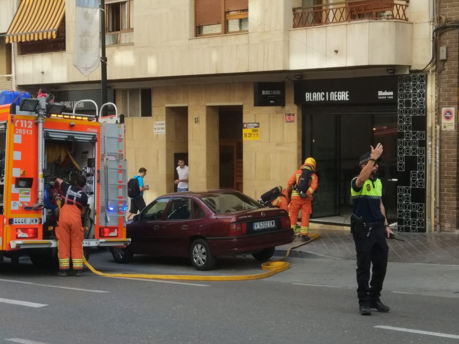 S'incendia el magatzem d'un cèntric restaurant El Periòdic d'Ontinyent