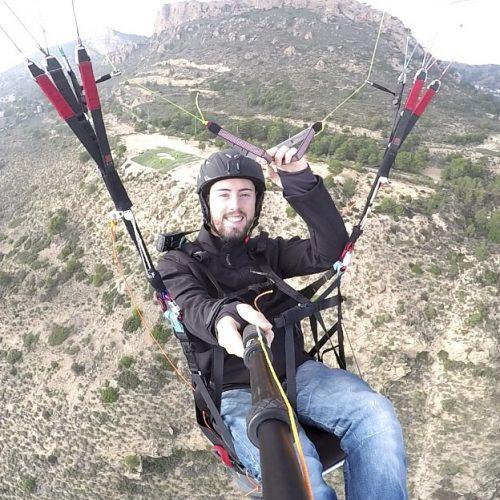 Mor un jove bocairentí en saltar amb paracaigudes des d'una sitja de 50 m