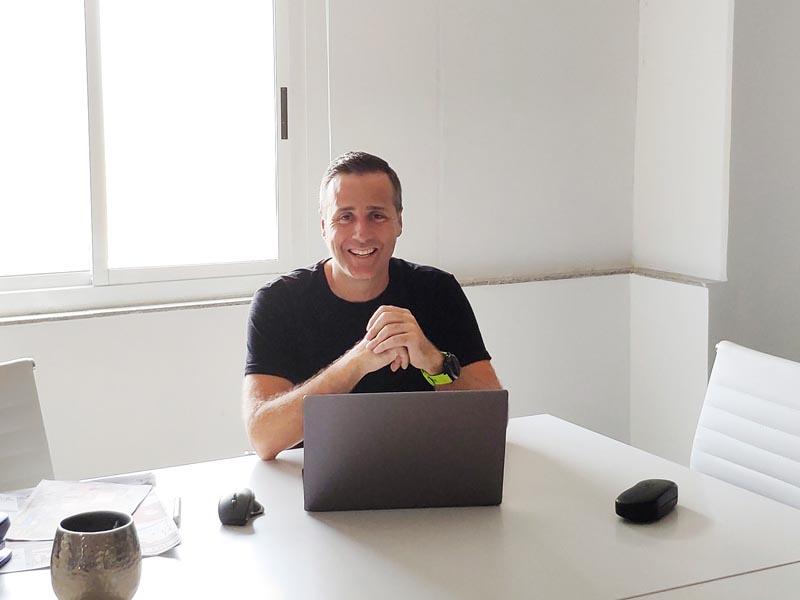 Haz de tu página web tu mejor comercial con Mike Grama El Periòdic d'Ontinyent - Noticies a Ontinyent