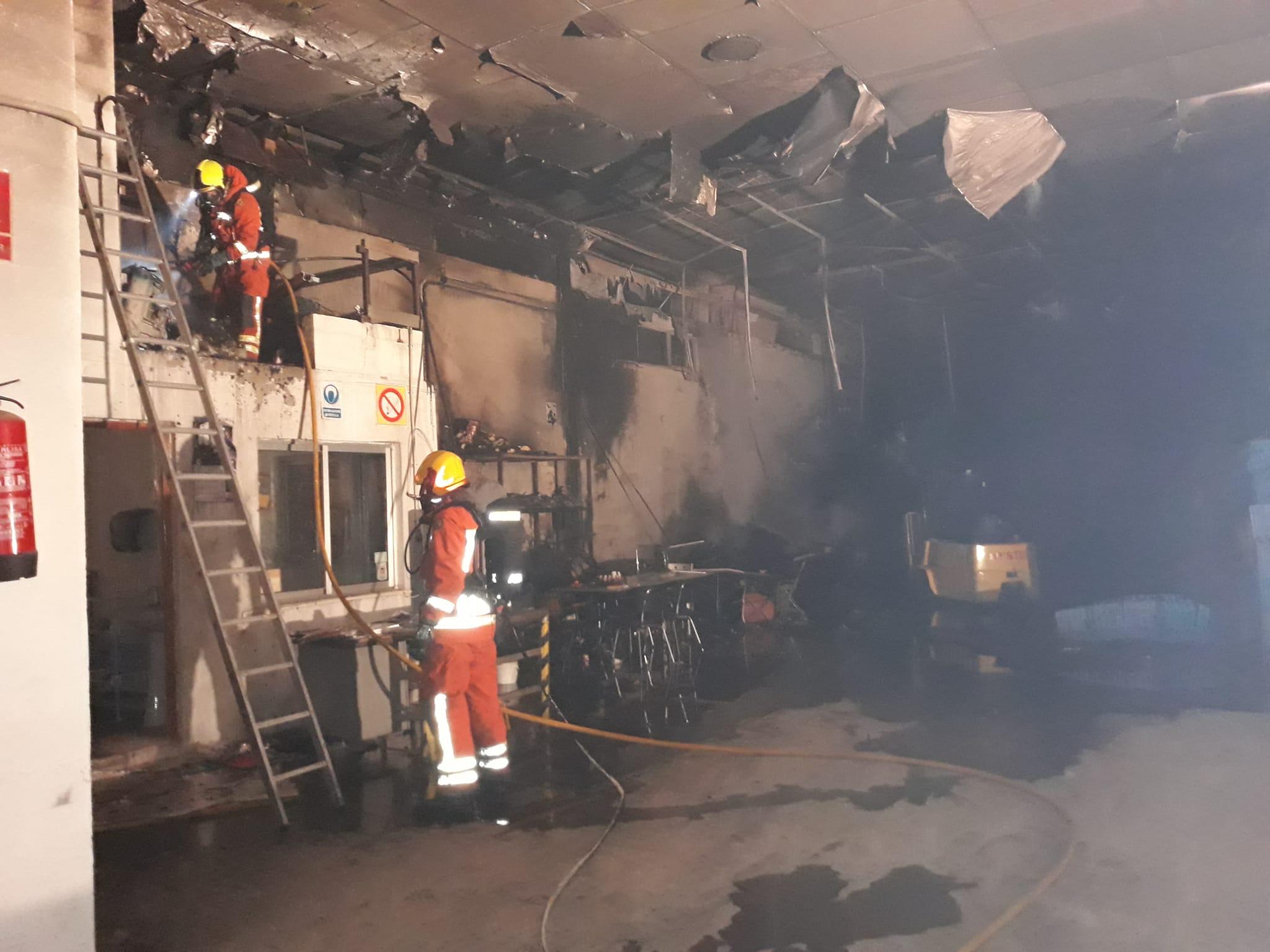 S'incendia un magatzem de fruita a Albaida El Periòdic d'Ontinyent