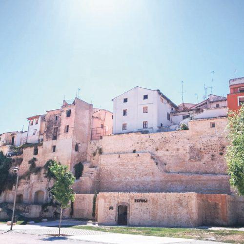 La Muralla nord i millora de l'accessibilitat del barri de la Vila prop de ser realitat