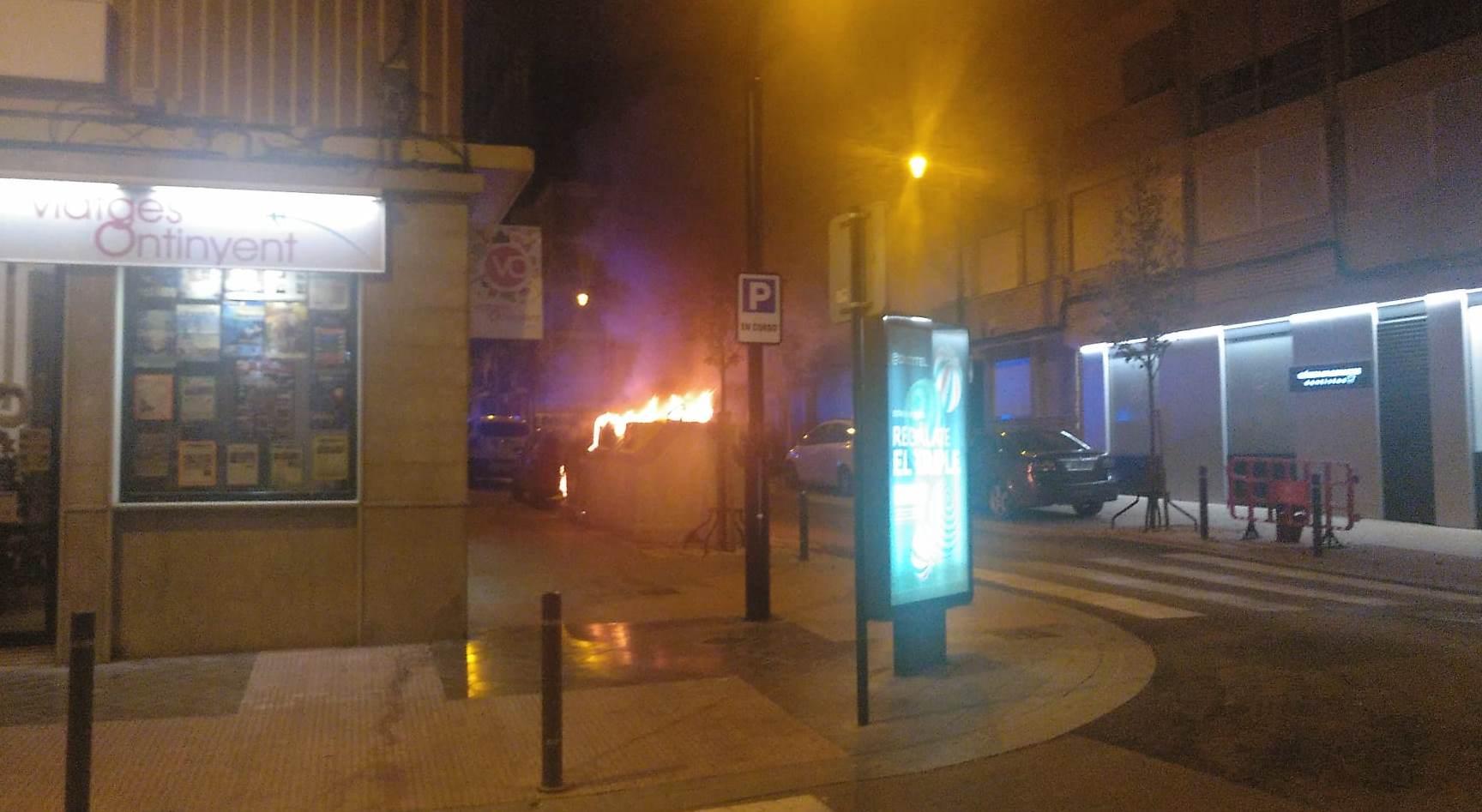 Tres incendis en la nit de Cap d'Any El Periòdic d'Ontinyent