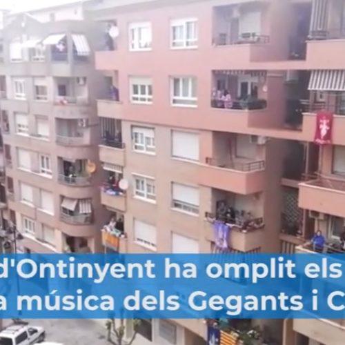 L'alegria dels Gegants i Cabets inunda els balcons