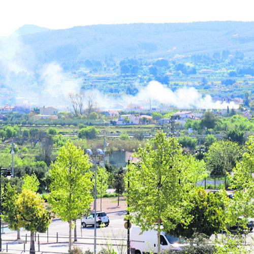Incompleixen la prohibició de cremes agrícoles per l'estat d'alarma