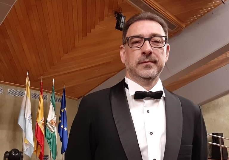 Miguel A. Sarrió es llicencia per la Royal School of Music de Londres El Periòdic d'Ontinyent - Noticies a Ontinyent
