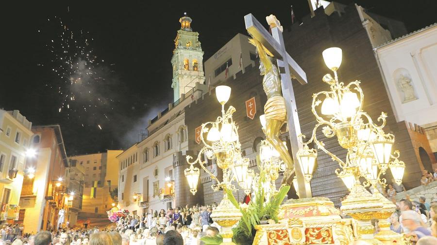 Sense Festes en agost... ¿baixarà el Crist enguany a Sant Carles? El Periòdic d'Ontinyent