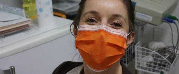 Infermeres d'Ontinyent i la UPV treballen en una aplicació mòbil sobre l'ús de les màscares