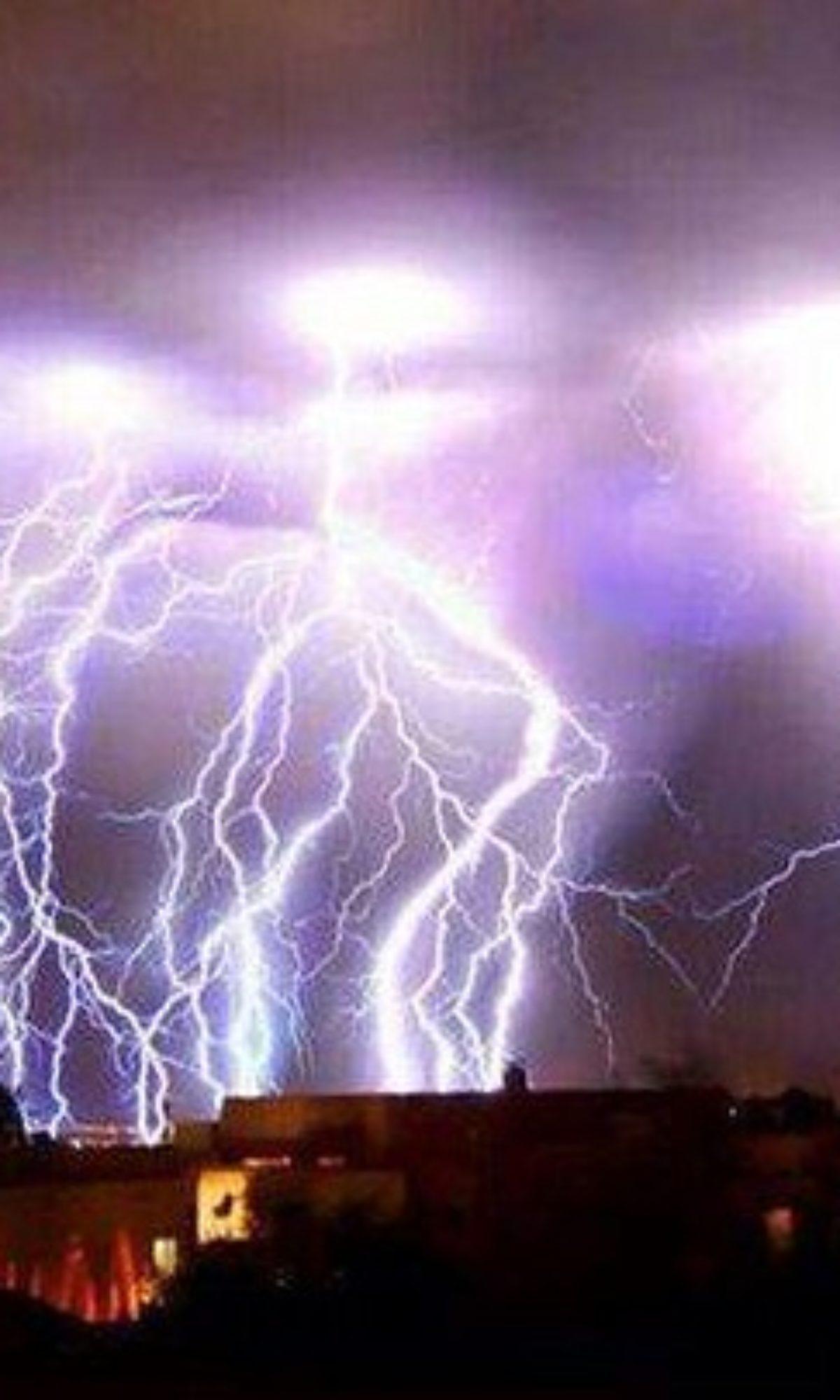 AEMET avisa d'una pujada de temperaturas i fortes tronades