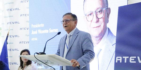 Pepe Serna ja és el nou president dels empresaris del tèxtil valencià
