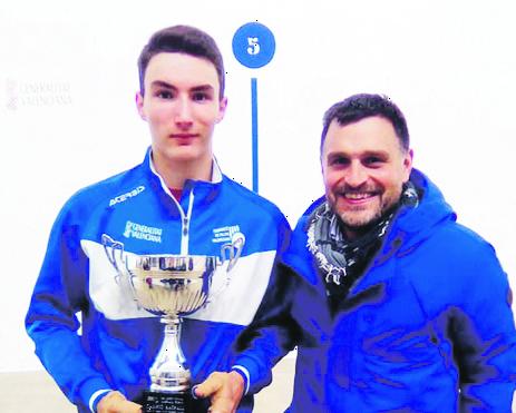 El pilotari d'Ontinyent Ivan Esparza debuta com a professional a la Copa Raspall El Periòdic d'Ontinyent