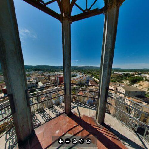 Visita virtual des de dalt del Campanar de la Vila