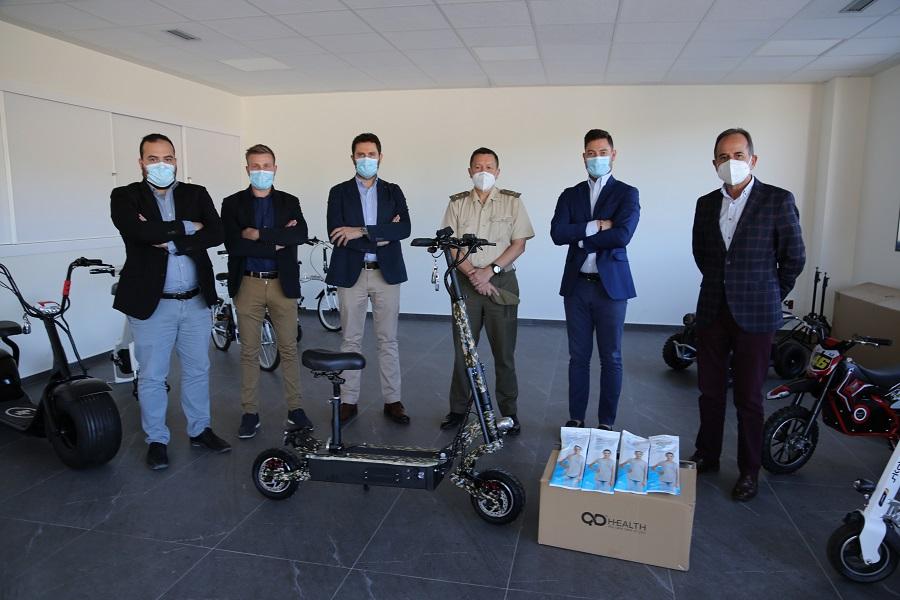 L'exèrcit s'interessa pels patinets i màscares de QD El Periòdic d'Ontinyent