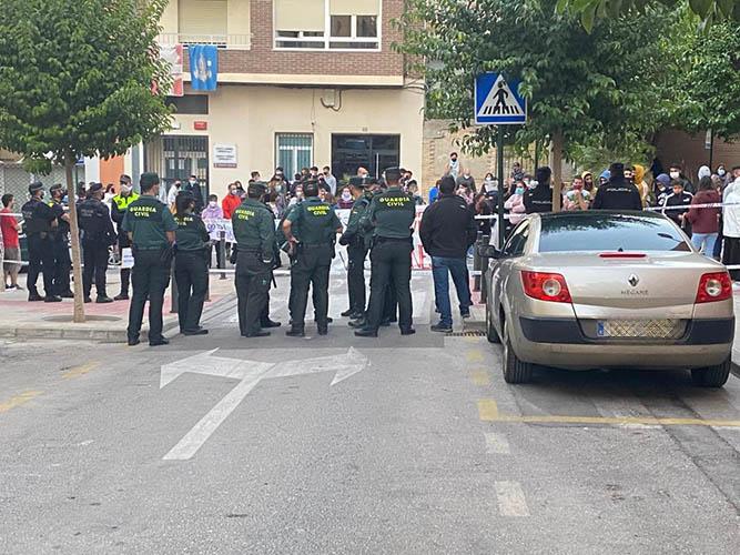 Tensió als jutjats d'Ontinyent amb la presència dels detinguts per la violació grupal a l'Olleria El Periòdic d'Ontinyent