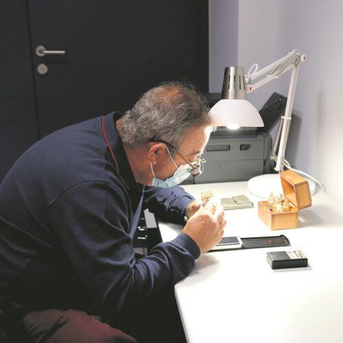 Mont de Pietat: obstinar les joies per a pagar el lloguer