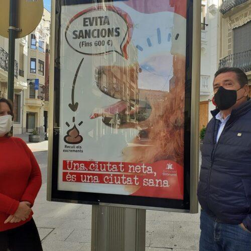 Inicien la campanya 'Si tens un gos, tens una responsabilitat' per mantindre una ciutat neta