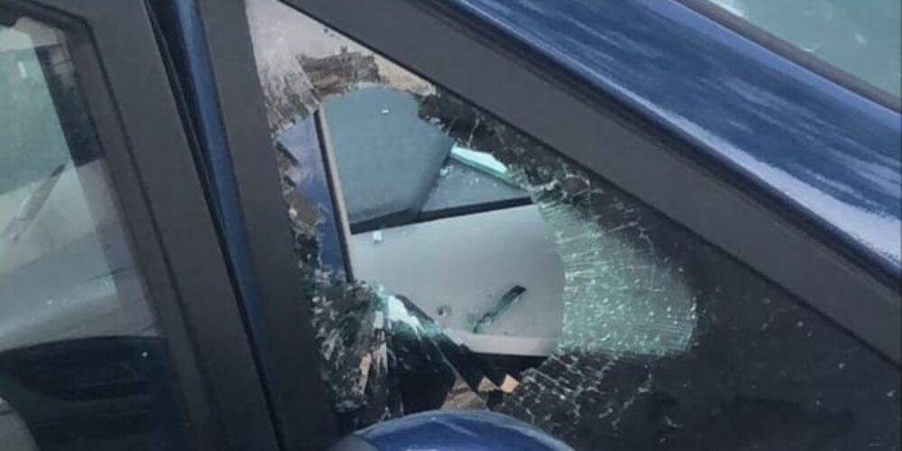 Vandalisme contra vehicles de personal sanitari