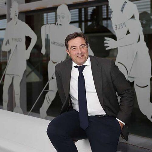 El president de la Federació Valenciana de Futbol diu que s'acabaran les lligues