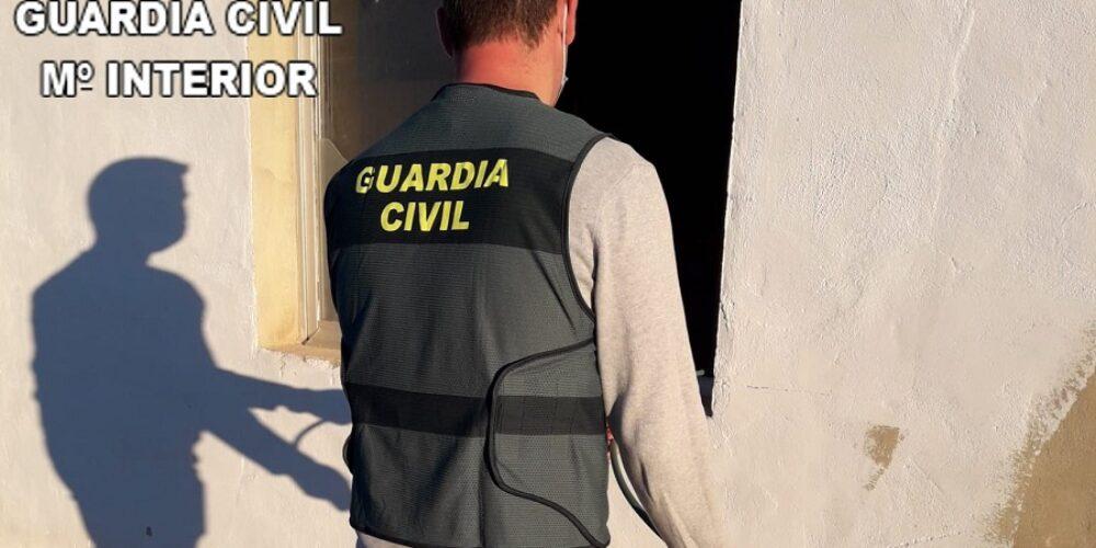 La Guàrdia Civil esclareix 22 robatoris amb força a la Vall d'Albaida