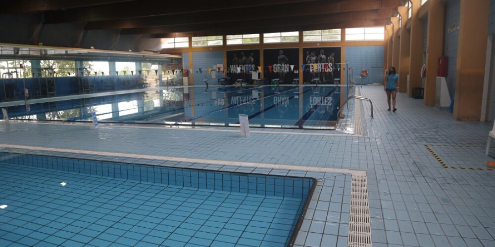 Torna a obrir la piscina coberta