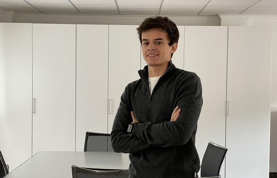 El jove empresari que guanya milions amb plaques de Spotify El Periòdic d'Ontinyent